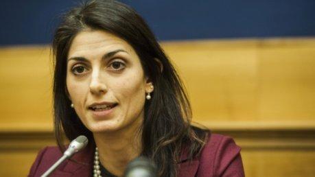 Roma, Raggi nomina due nuovi assessori: Mazzillo al Bilancio, Colomban alle partecipate