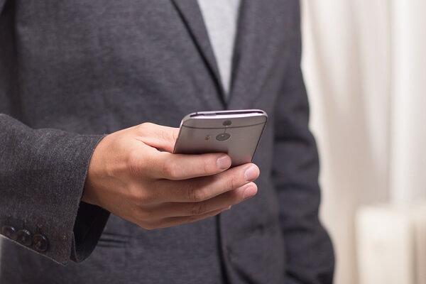 Agenzia delle Entrate: partono i primi sms del Fisco sulla tasse da pagare foto businessvox.it
